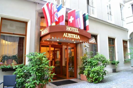 Hotel Austria : 玄関