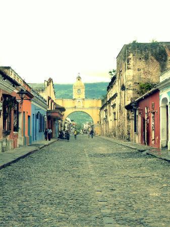 The Yellow House: Antigua