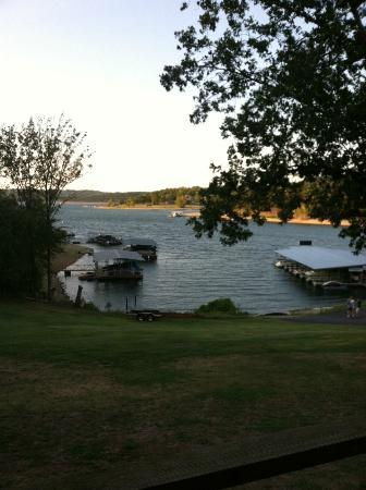 Lakeside Resort Restaurant & General Store: View from Deck (Cabin 3 & 4)