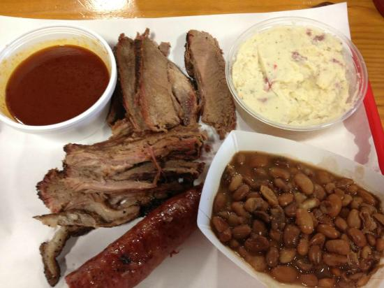 Cooper's Old Time Pit Bar-B-Que: Finger Licking Good BBQ!