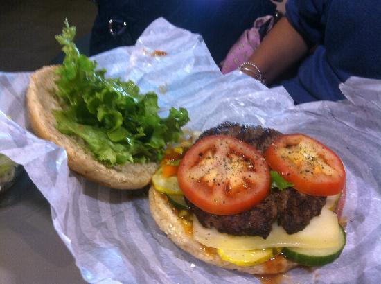 South St. Burger Co.: A Look Inside The Bun