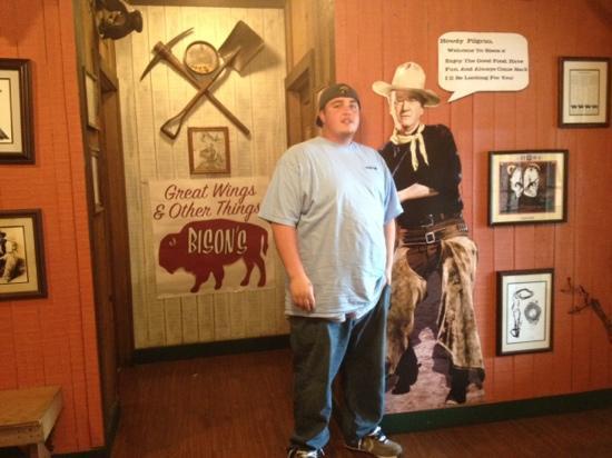 Bison's Bar & Grill: Howdy Pilgram!