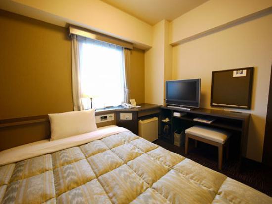 Route Inn Toyama Ekimae