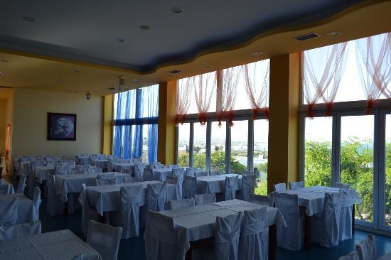 Hotel Kavuras Village: salone da pranzo
