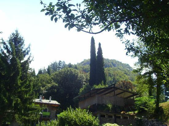 Agriturismo Castello di Vezio: Pool area
