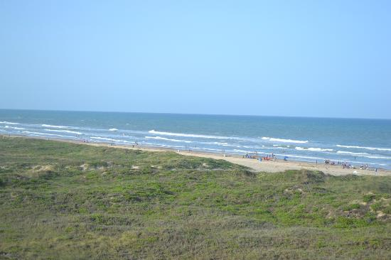 Hilton Garden Inn South Padre Island: View from 4th Floor - Partial Ocean view room