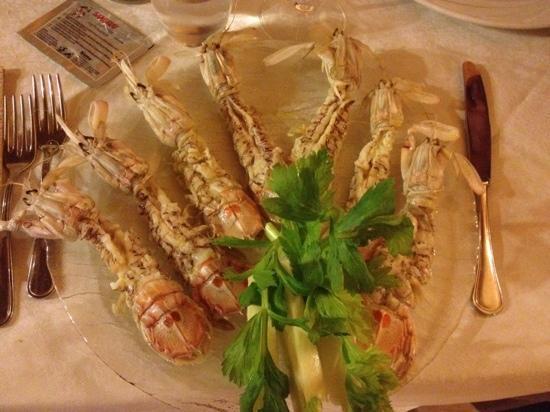 Osteria Antica Maremma : Canocchie al vapore di super chef Moni!!!��