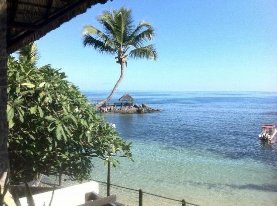 Le Meridien Fisherman's Cove: mare antistante l'hotel