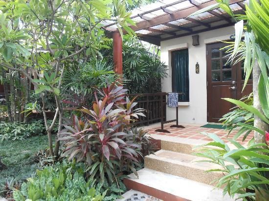 Baan Chaweng Beach Resort & Spa: ingresso alla stanza