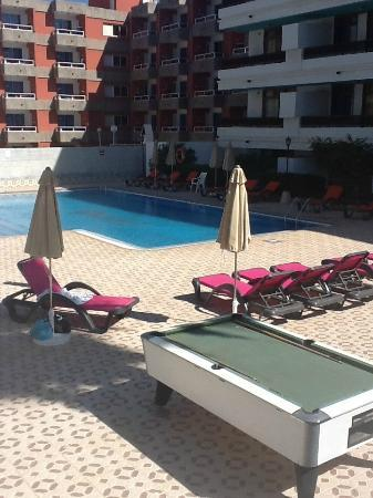 Apartments Fayna: Pool area