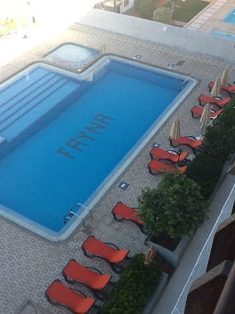 Apartments Fayna: Pool from room