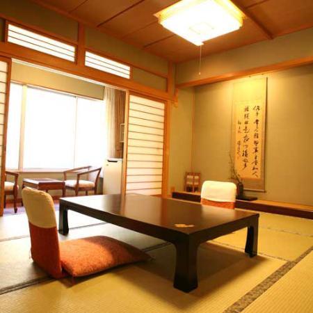 Yubara Kokusai Kanko Hotel Kikunoyu : 施設内写真