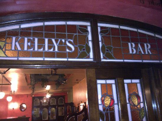Kelly's Bar- Steak & Seafood House: Kelly's bar