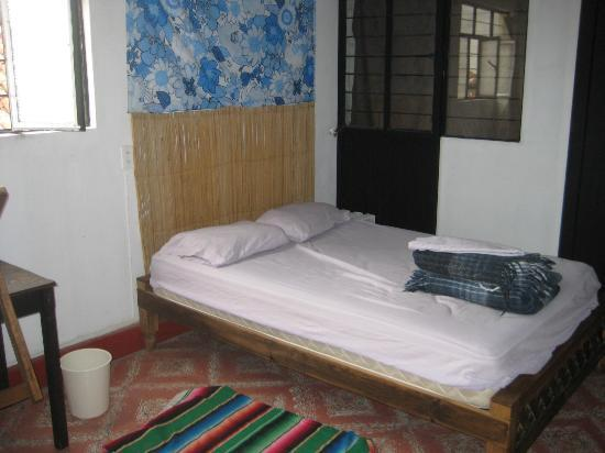 El Hostalito: Private room w/one bed