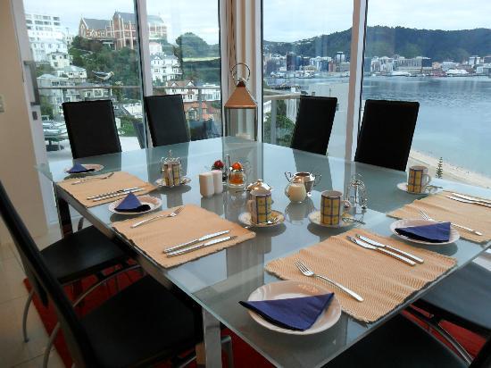Oriental Bay Bed & Breakfast: Breakfast set up in our Dining room.