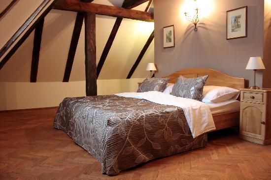 Hotel Pod Vezi: Pod Věží Depandance - attic superior room