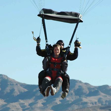 Vegas Extreme Skydiving: Skydive Wedding: The Bride and Groom land safely down