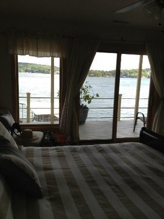 The Garden House Bed & Breakfast: The view from the Iris Room