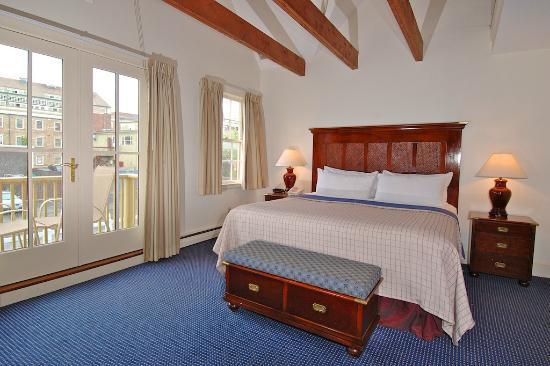 Harborside Inn: Waterfront Room