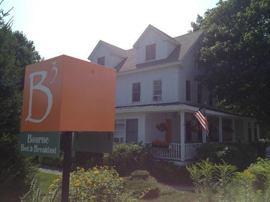 Bourne Bed & Breakfast: From the street with sign