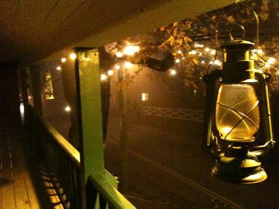 Mecklenburgh Inn: balcony
