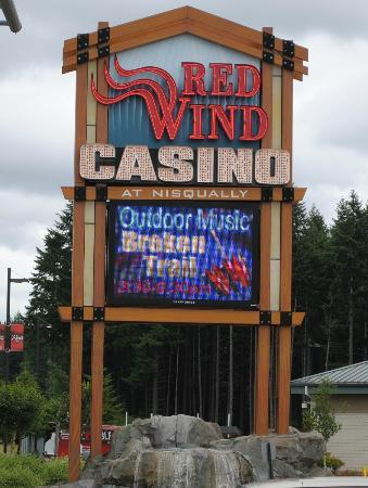 Nisqually Red Wind Casino : Broken Trail Band at the Red Wind
