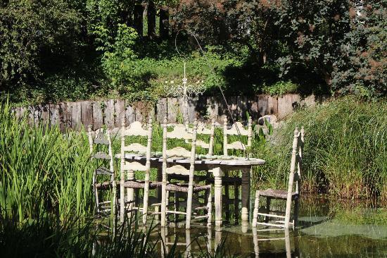 301 moved permanently - Le jardin des fontaines petrifiantes ...