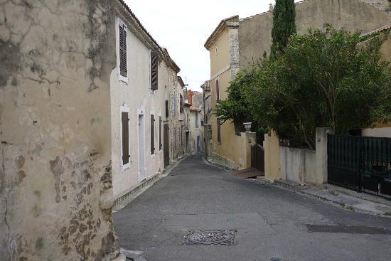 La Bastide de Boulbon: Street in Boulbon
