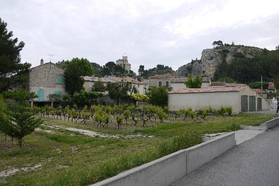 La Bastide de Boulbon: Ruins in town (Boulbon)