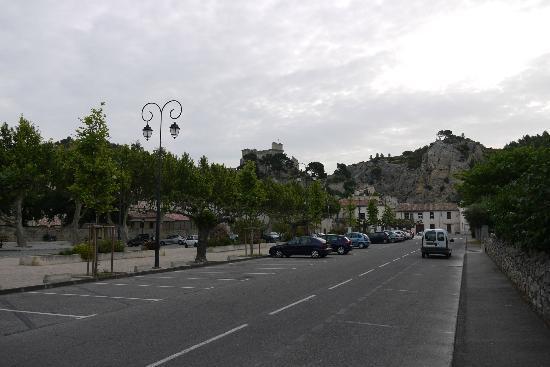 La Bastide de Boulbon: In town (Boulbon)