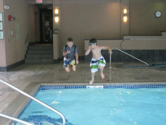 RIT Inn & Conference Center: Fun in the pool
