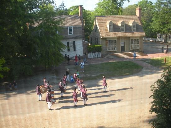 Colonial Houses-Colonial Williamsburg: View from one of the upstairs room