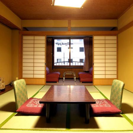 Hotel Sanraku: 施設内写真
