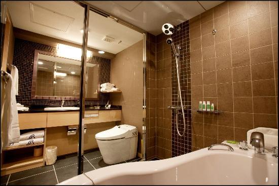 Kyoto Brighton Hotel: Superior Twin / Bath Room