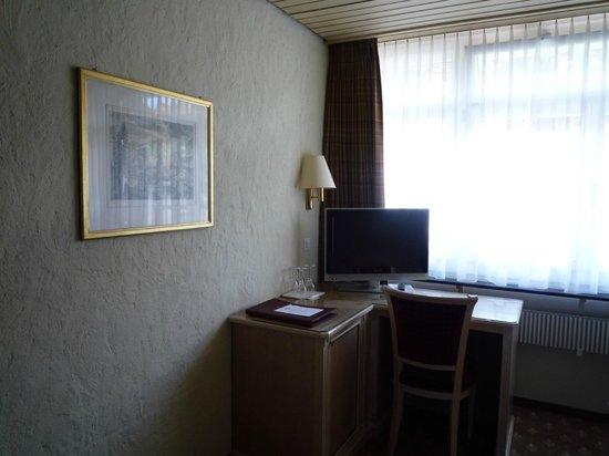 Hotel Kreuz & Post: テレビ