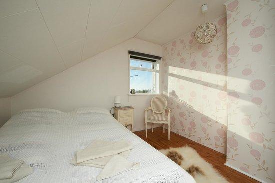 Blue House: Triple Room with Shared Bathroom