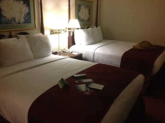BEST WESTERN Greenfield Inn: standard room