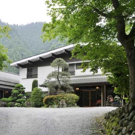 Yatsugawakan: 外観写真