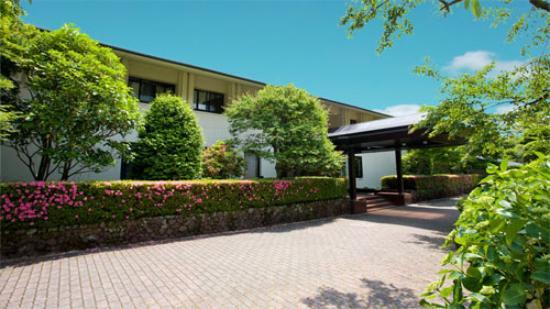 Shiki Resort Gora Saika : 外観写真