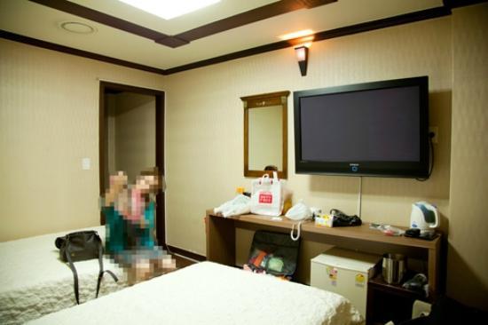 Benikea Hotel Flower : 309号室 室内の様子