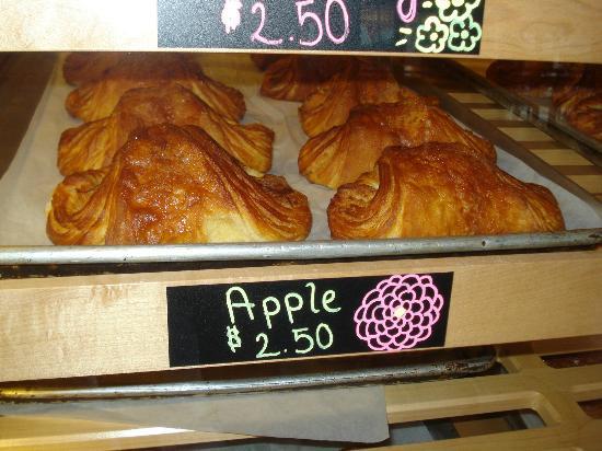 LA Baguette - Old Colorado City: Delicious pastries