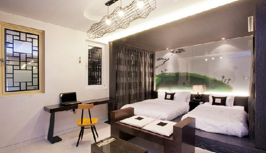 606 for Design hotel seoul