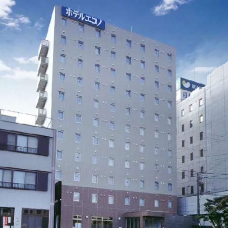 Hotel Econo Tsu Ekimae: 外観写真