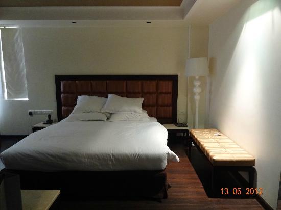 Madhuban Hotel: Room 402