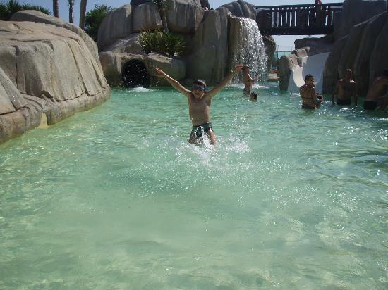 Yelloh! Village Le Brasilia: piscine lagon
