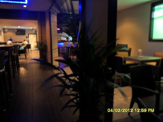 Sugar Reef Sports Bar & Restaurant: Sugar Reef Bar & Restaurant Bang Tao Phuket