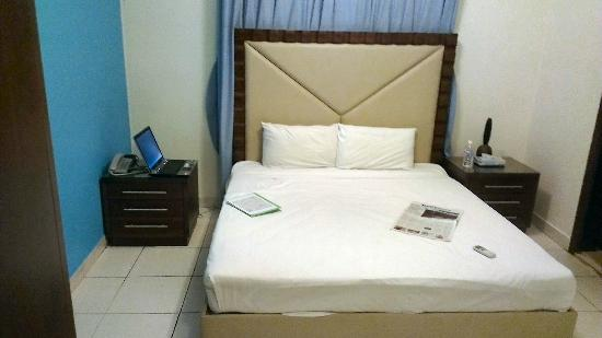 Royal Hotel & Suites: No chairs and tables, but if you are creative, you can make a workplace.