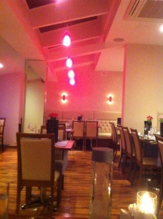 Chilli Bar & Kitchen: restaurant sitting area