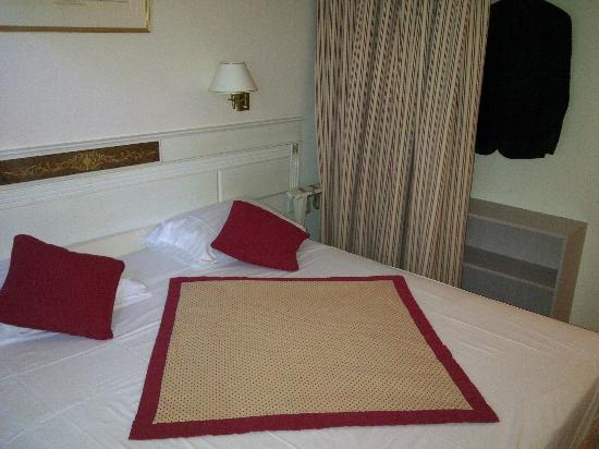 Hotel Des Horlogers: Room