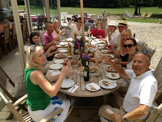 Chateau de Rhodes: lunch outside